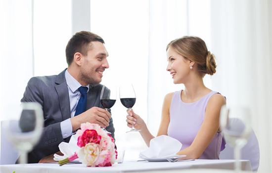 夫妻相怎么看 从面相和星座看最配夫妻相