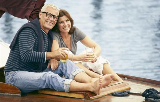 中年夫妻如何相处 让中年夫妻感情升温的小技巧