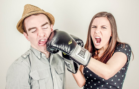 夫妻之间没感情的表现 出现这4种就离关系破裂不远了