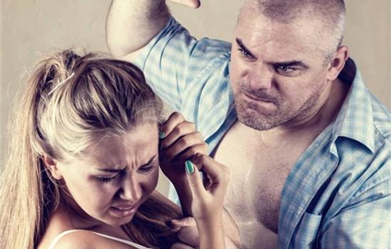 打老婆的男人心理分析 男人打女人的6点心理原因