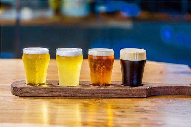 精酿有机啤酒市场趋势:低醇啤酒和罐装啤酒的增长快速