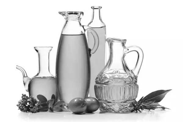 西班牙研究人员发现:橄榄油能增加好的胆固醇,降低心脏病风险