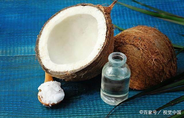 椰子油对头发都有哪些好处,如何使用呢?