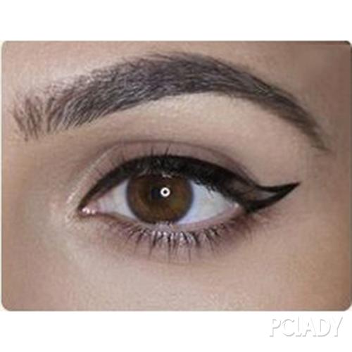 猫眼妆眼线画法