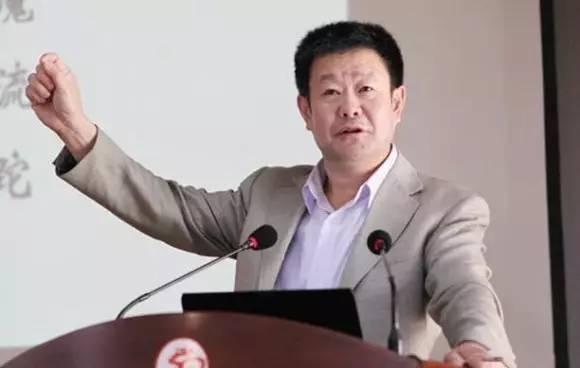 利害了,安徽一个班37人考进清华北大,老师的短信让人深思!