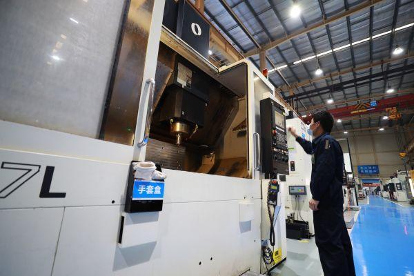 董明珠:格力将引进鸿蒙系统,业界认为对中国家电市场有重大意义