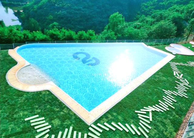 重庆市28度活水游泳馆