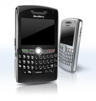 黑莓8820 机身大气稳重 Microsoft office软件 王者手机
